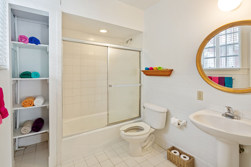 Casa 325 bathroom